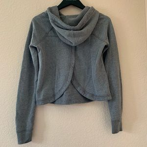 Open-back grey waffle hoodie from Hollister